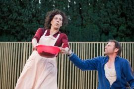 Toinette (Rita Gay) & Argan (Pierre-Isaïe Duc)